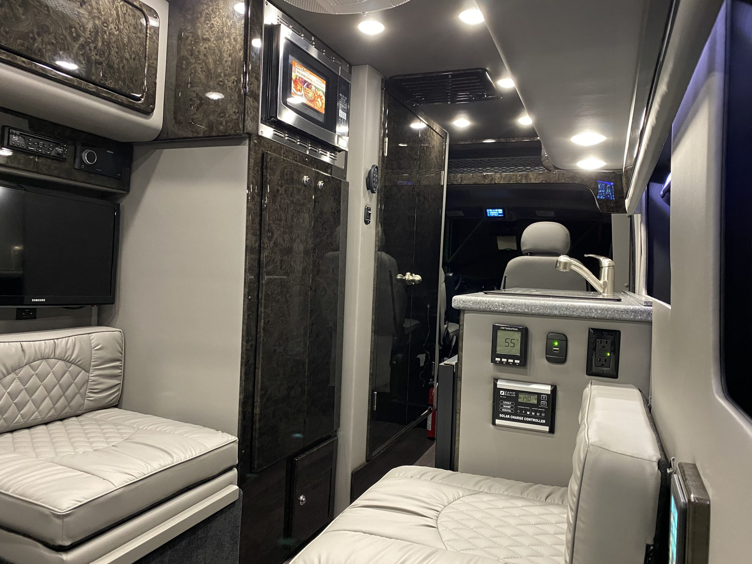 2020 MIDWEST AUTOMOTIVE DESIGNS LEGEND – CLASS B DODGE PROMASTER